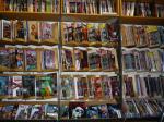 eine Wand voller Comics
